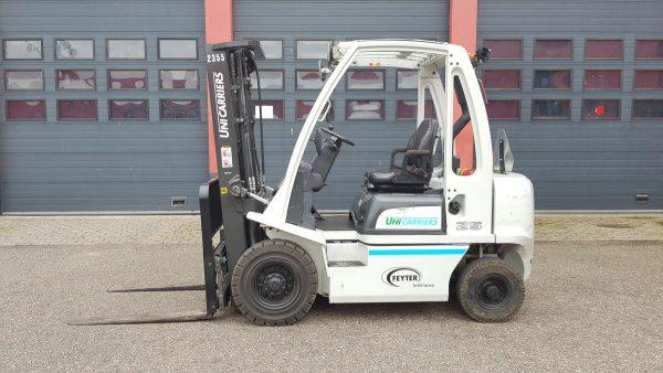 Unicarriers dx25 diesel heftruck a2355 1 s