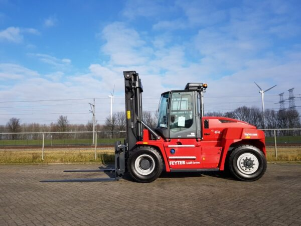 zware heftruck kalmar dcg120 6 SOB2259 1