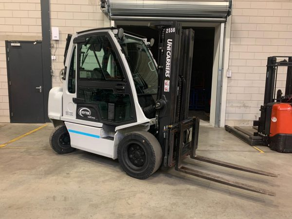 Unicarriers DX32 4