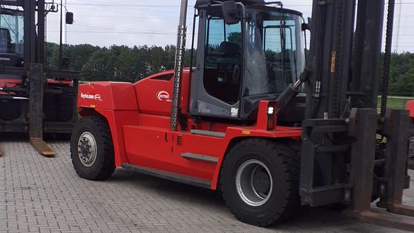 zware heftruck kalmar dcg330 12 a2655