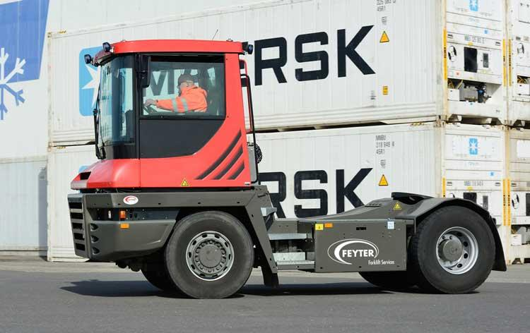 used-terberg-tractor-feyter-forklift-services-vlissingen