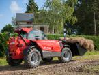 Manitou MLT-625 with bucket at work 2